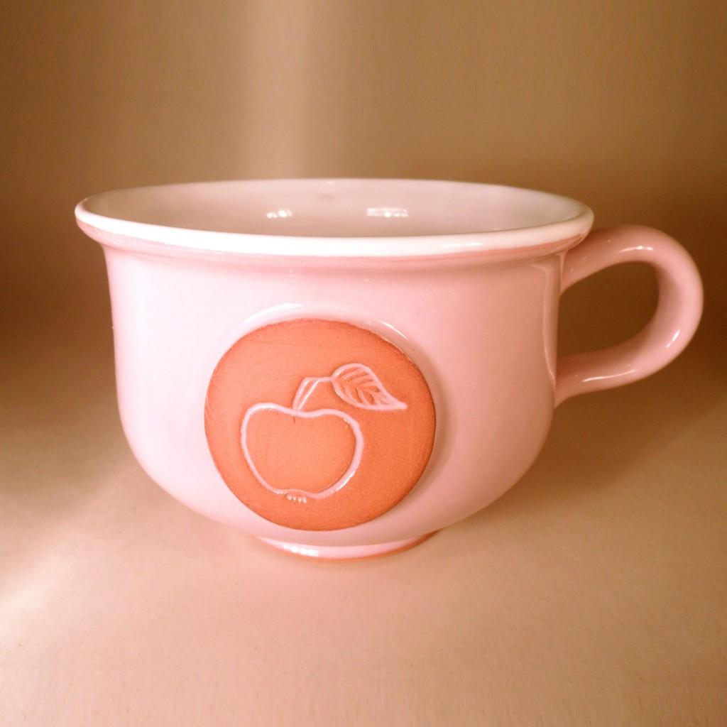 """Hrnek střední """"čajový"""" 0,5 - 0,6l (růžová) - jablko"""
