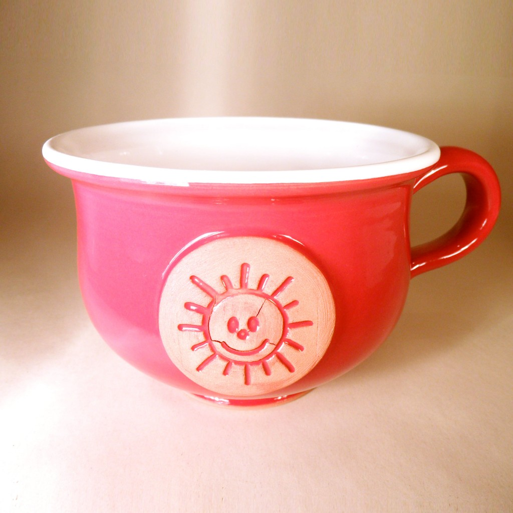 """Hrnek střední """"čajový"""" 0,5 - 0,6l (červená) - slunce"""