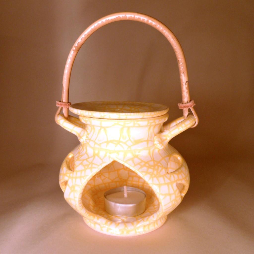 """Aroma lampa malá """"bříško"""" s ratanovým uchem (žlutá)"""