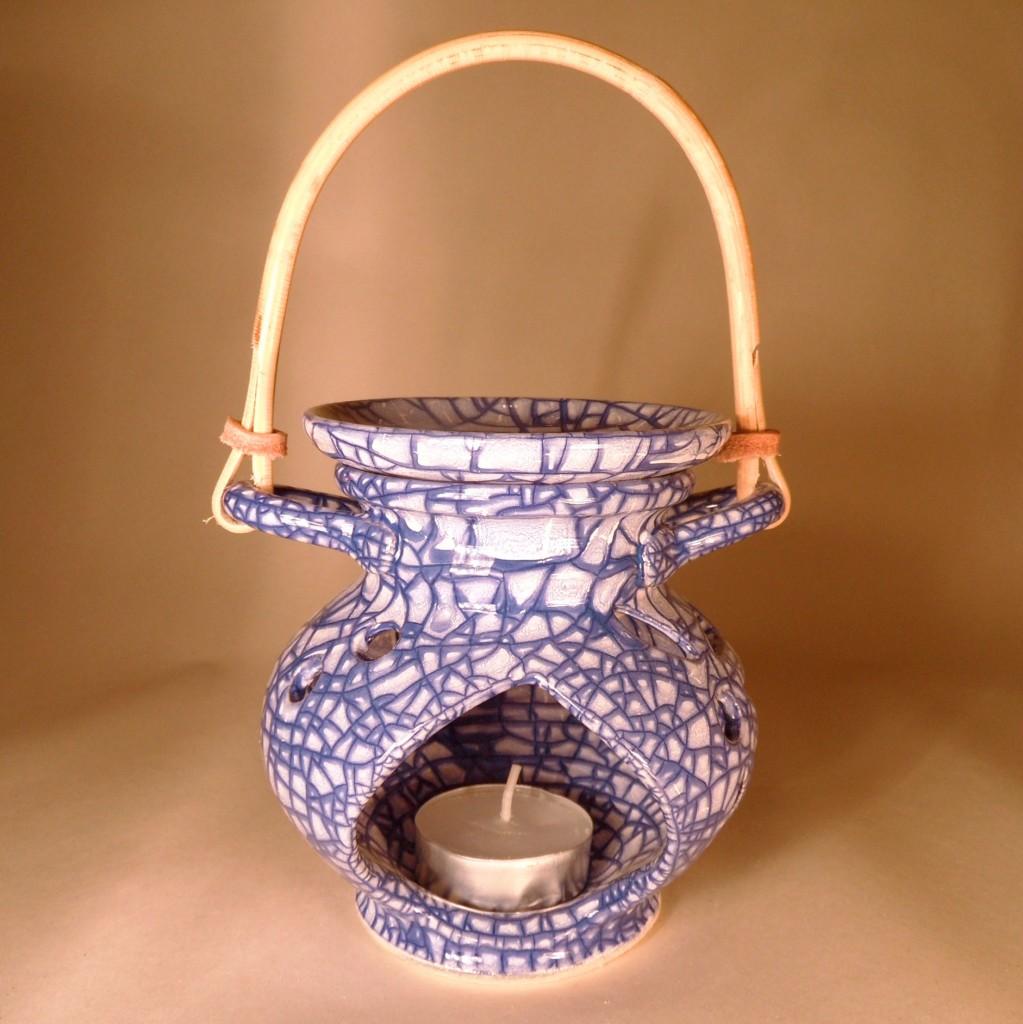 """Aroma lampa malá """"bříško"""" s ratanovým uchem (modrá)"""